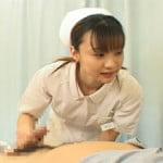 手コキクリニック 射精処置を施すベテランの看護婦さん