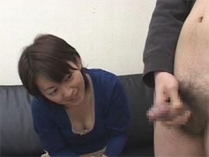 素朴な美人OL美香さんの人生初のセンズリ鑑賞