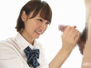 音市美音 短髪美少女がJKコスプレで手コキ発射!