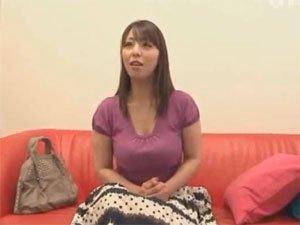 村上涼子 憧れの熟女優さんを素人男性宅にレンタル出張ヘルス