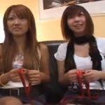 渋谷でナンパした素人ギャル2人組に手コキさせて暴発w