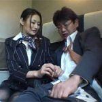 乗客にヌキをお願いされ困惑するグリーンアテンダント