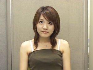 20歳ファミレス店員あいちゃんのセンズリ鑑賞