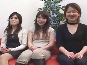 チンポを見たがる女子大生3人組