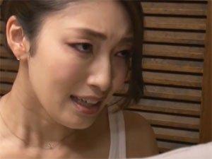 義息子をフェラ抜きするお義母さん 小早川怜子