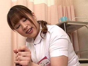 絶倫巨乳看護師が童貞患者を筆おろし&手コキ抜き! 桜ちなみ